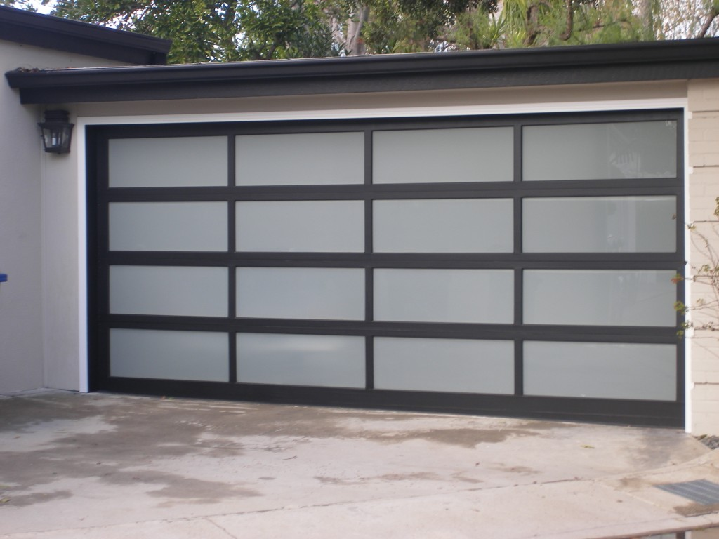 Genial Custom Modern Glass Garage Doors