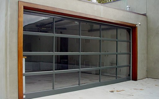 Charmant Custom Modern Glass Garage Doors